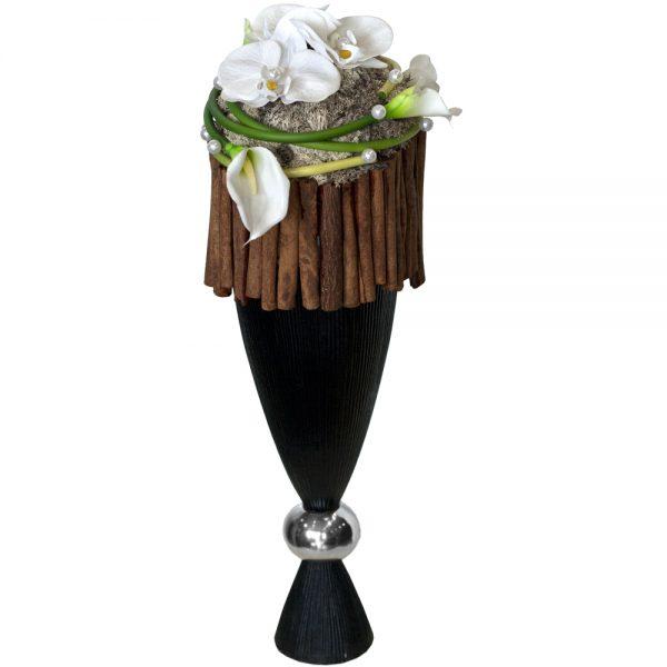 Jarrón de copa con flores